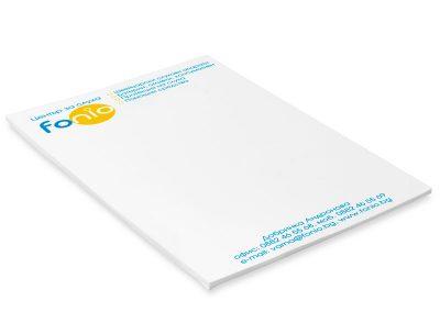 двуцветни листи за писане, подлепени в кочан