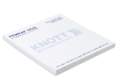 KL9 квадратни листчета за писане, залепени в кочан