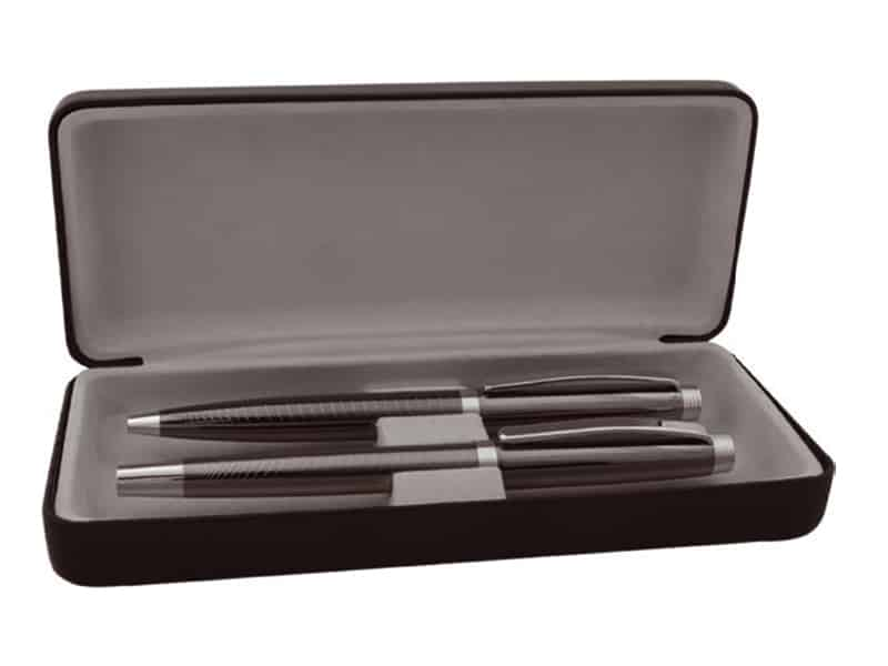 метални химикалка и ролер в кожена кутия