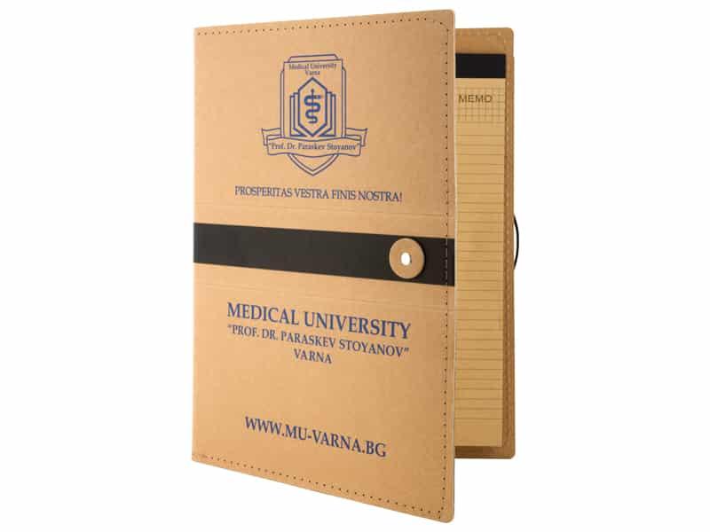 еко папка с бележник, за документи и с лого на Медицински университет Варна