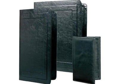 черни менюта от изкуствена кожа с прозрачни листи джоб
