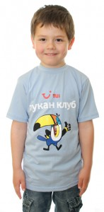 детска тениска с рекламен надпис на TUI