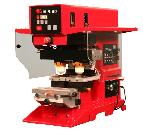 машина за тампонен печат с два цвята