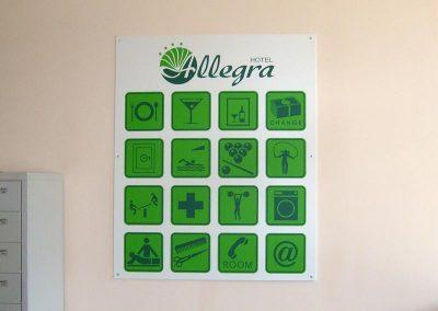 табела с пиктограми за услуги