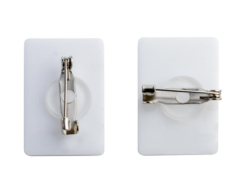 значка с кръгла, въртяща се игла