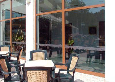 фриз и стикери за витрина от гравирано стъкло